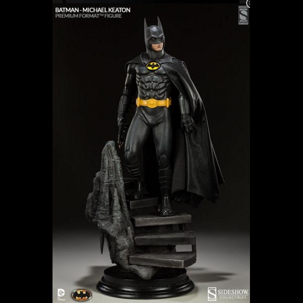 batman-1989-michael-keaton-as-batman-premium-format-figure