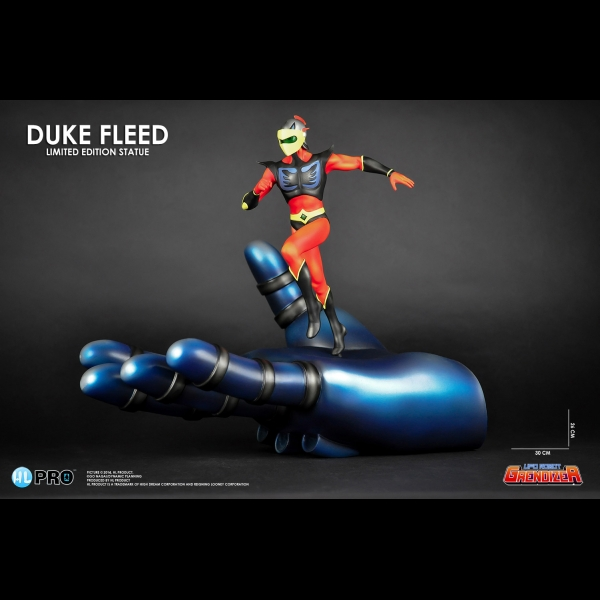 goldorak-statuette-fine-art-duke-fleed-in-grendizers-hand-26-cm